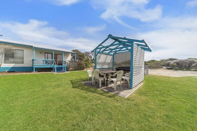 002_Open2view_ID328103-1-8_waratah_st_marion_bay